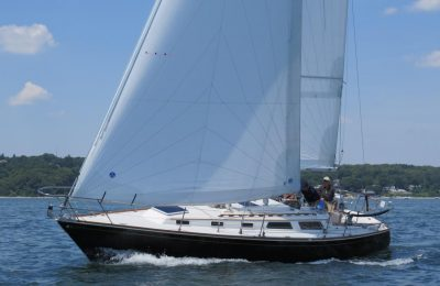 how to trim cruising boat sails