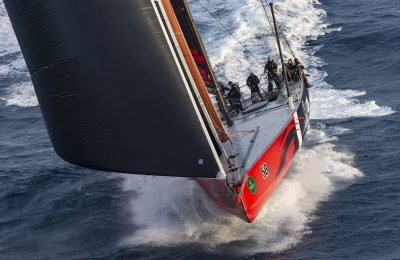 Navigating The Sydney-Hobart thumbnail